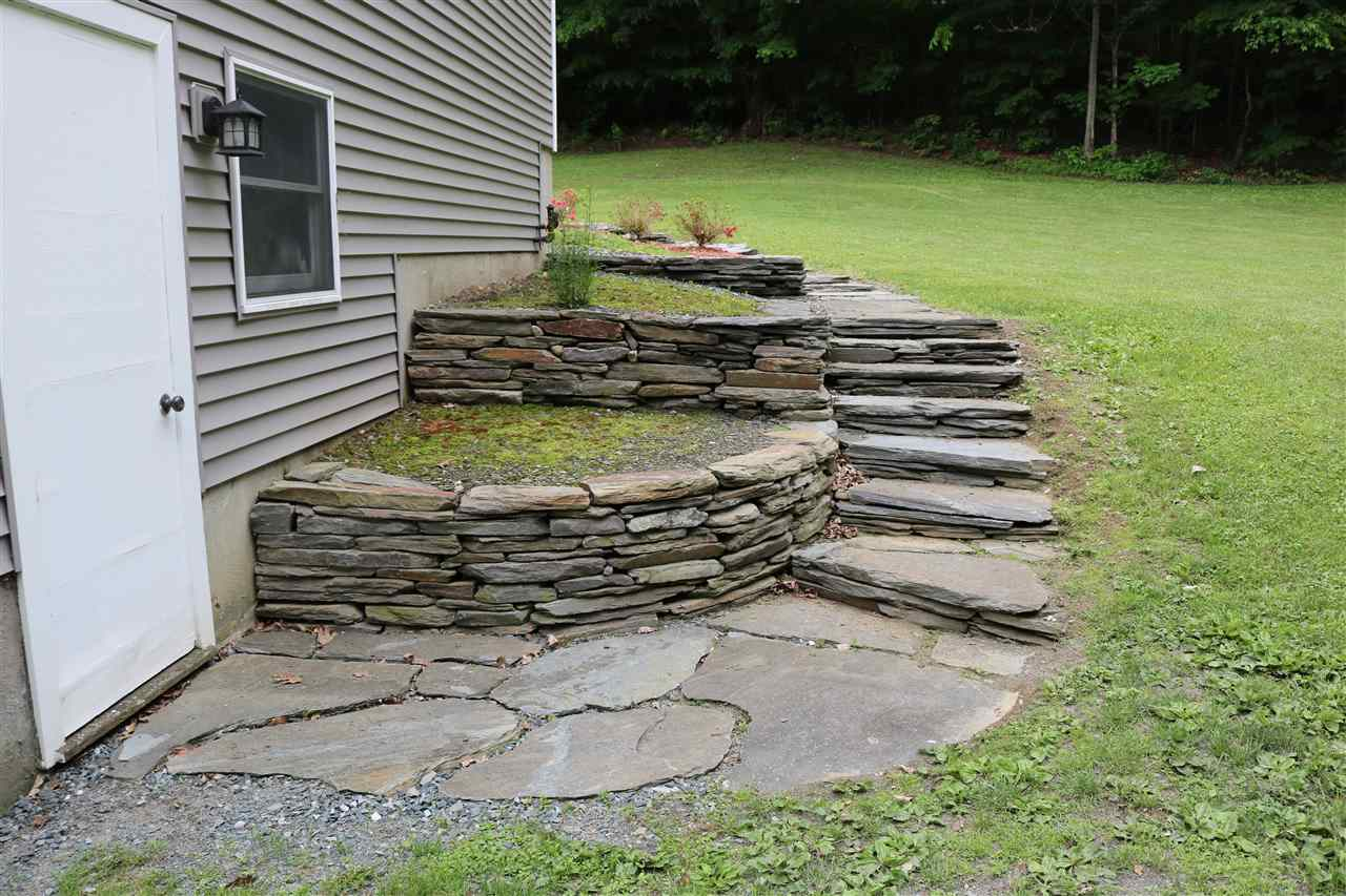 New stone walls & stairs 12087468