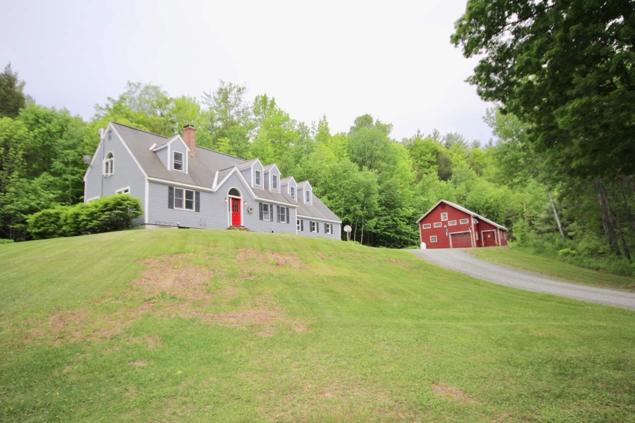 Woodstock VT Home or Farm Acres: 1.4     Beds: 3