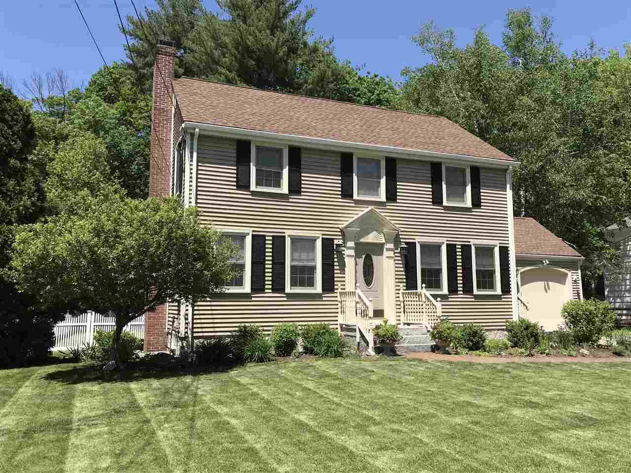 MANCHESTER NH Home for sale $$319,900 | $168 per sq.ft.