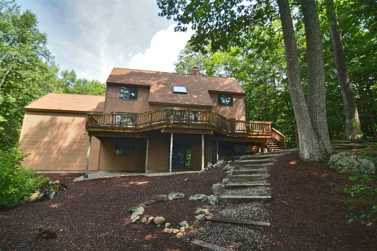 MLS 4699208: 4 Willow Terrace, Moultonborough NH