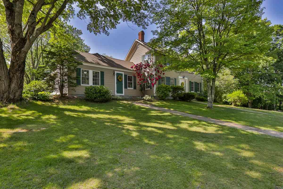 Hooksett NHHome for sale $List Price is $334,900