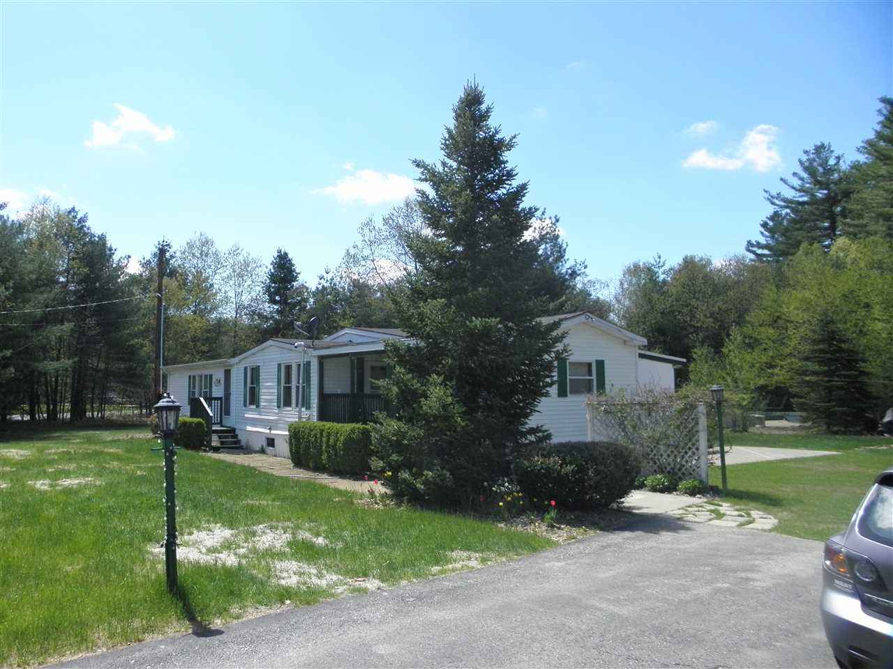 Londonderry NH Home for sale $List Price is $186,000