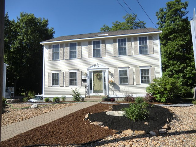MANCHESTER NH Home for sale $$339,900 | $182 per sq.ft.