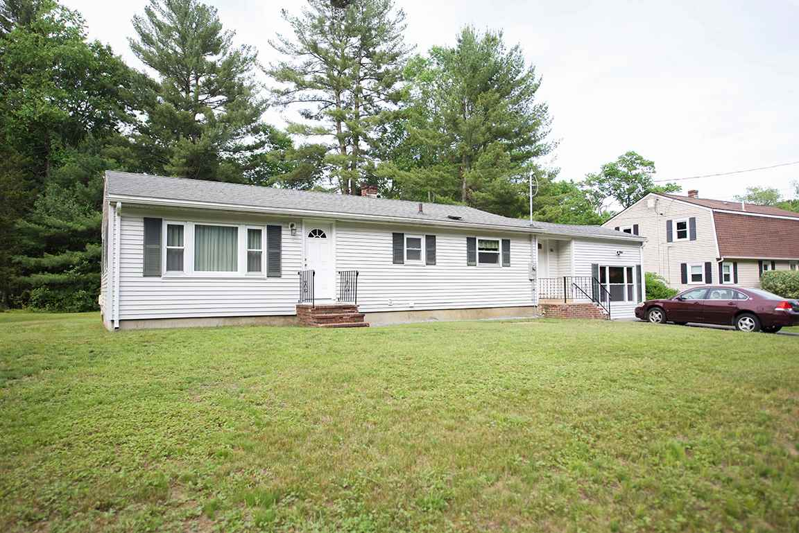 Photo of 35 East Road Plaistow NH 03865