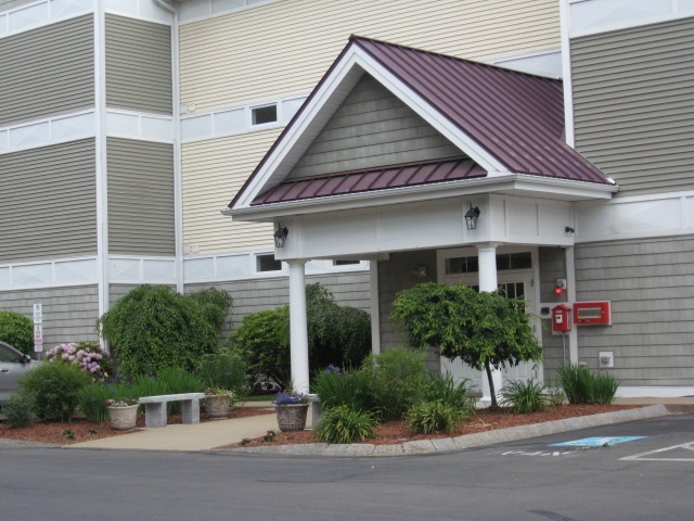Manchester NH Condo for sale $List Price is $319,900