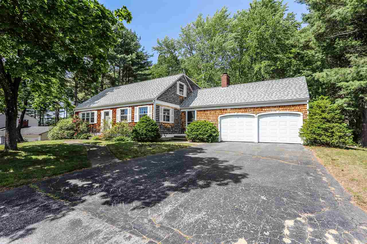 MANCHESTER NH Home for sale $$325,000 | $159 per sq.ft.