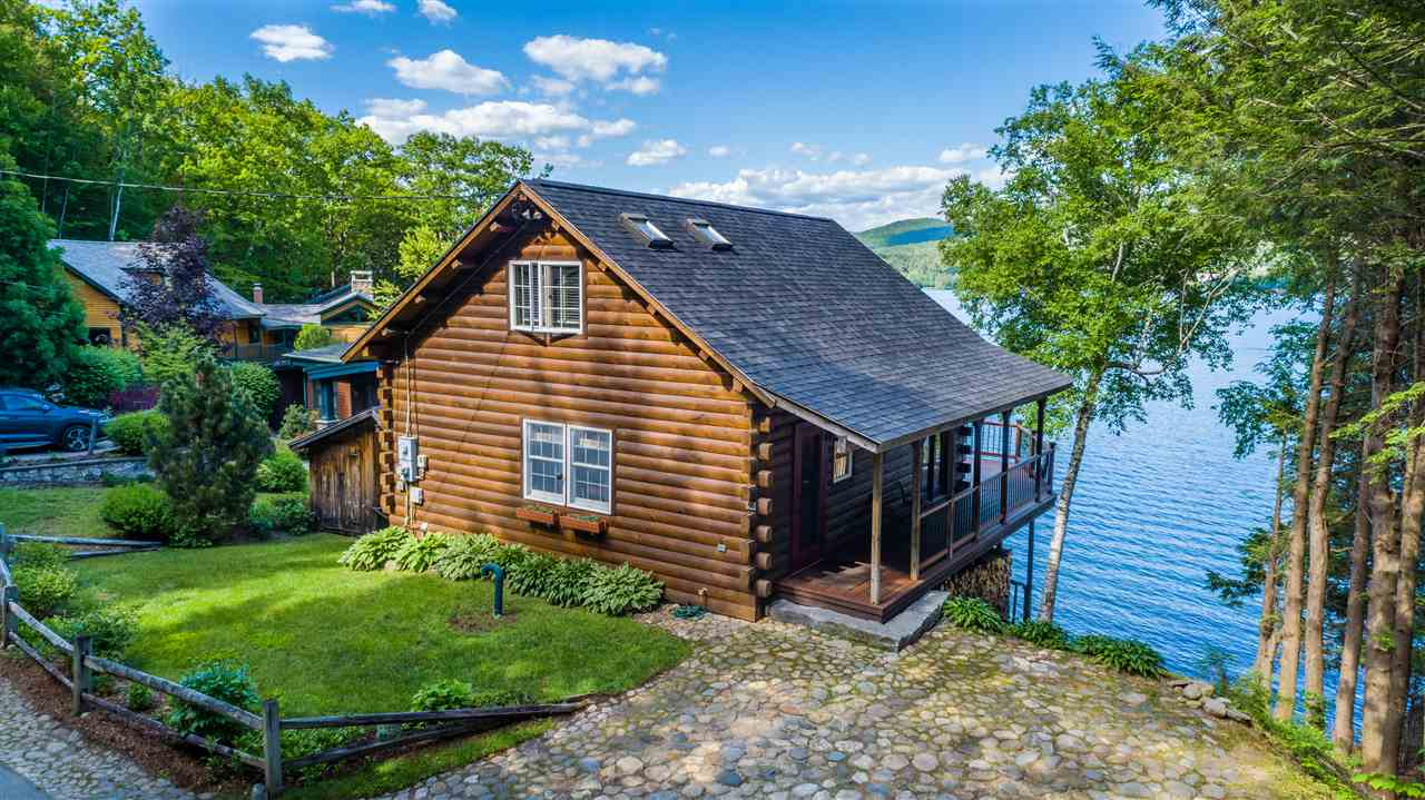 HEBRON NH Lake House for sale $$749,900 | $961 per sq.ft.