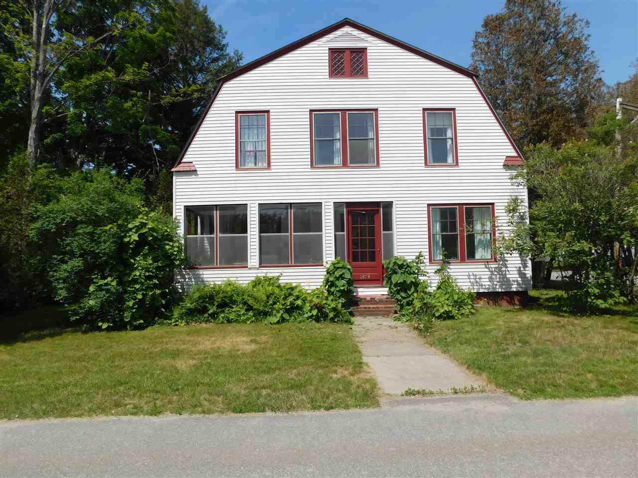 VILLAGE OF WILDER IN TOWN OF HARTFORD VT Home for sale $$265,000 | $123 per sq.ft.