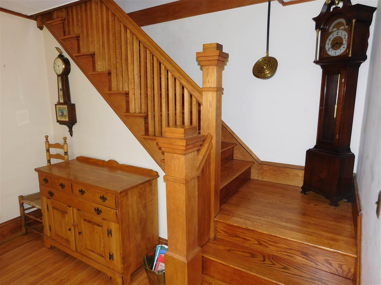 Classic Woodwork adorns the Staircase to second Floor! 12114465