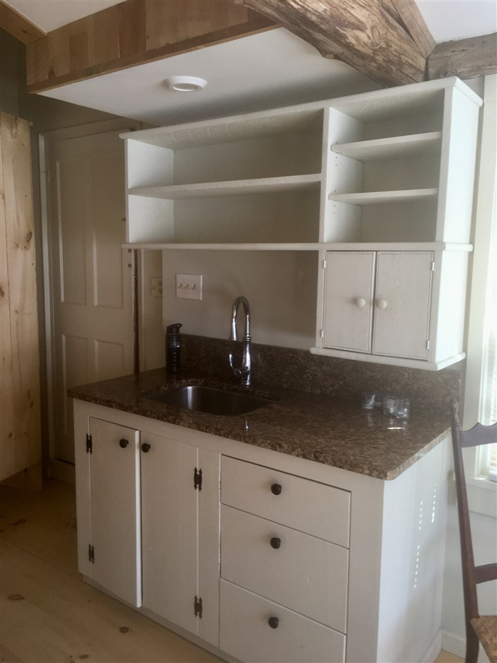 DEERFIELD NHApartment for rent $Apartment For Lease: $1,450 with Lease Term