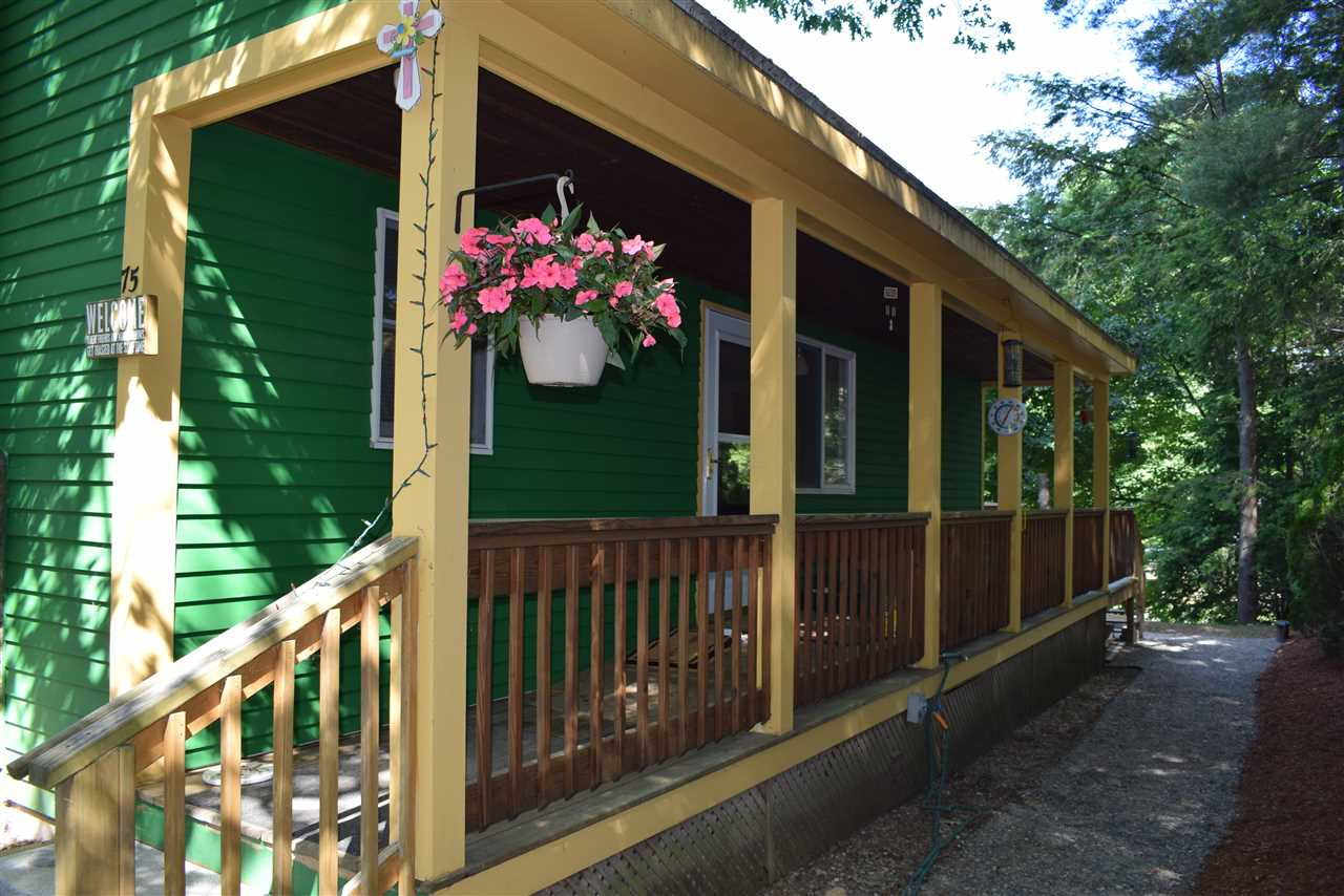 FREMONT NH Home for sale $209,900