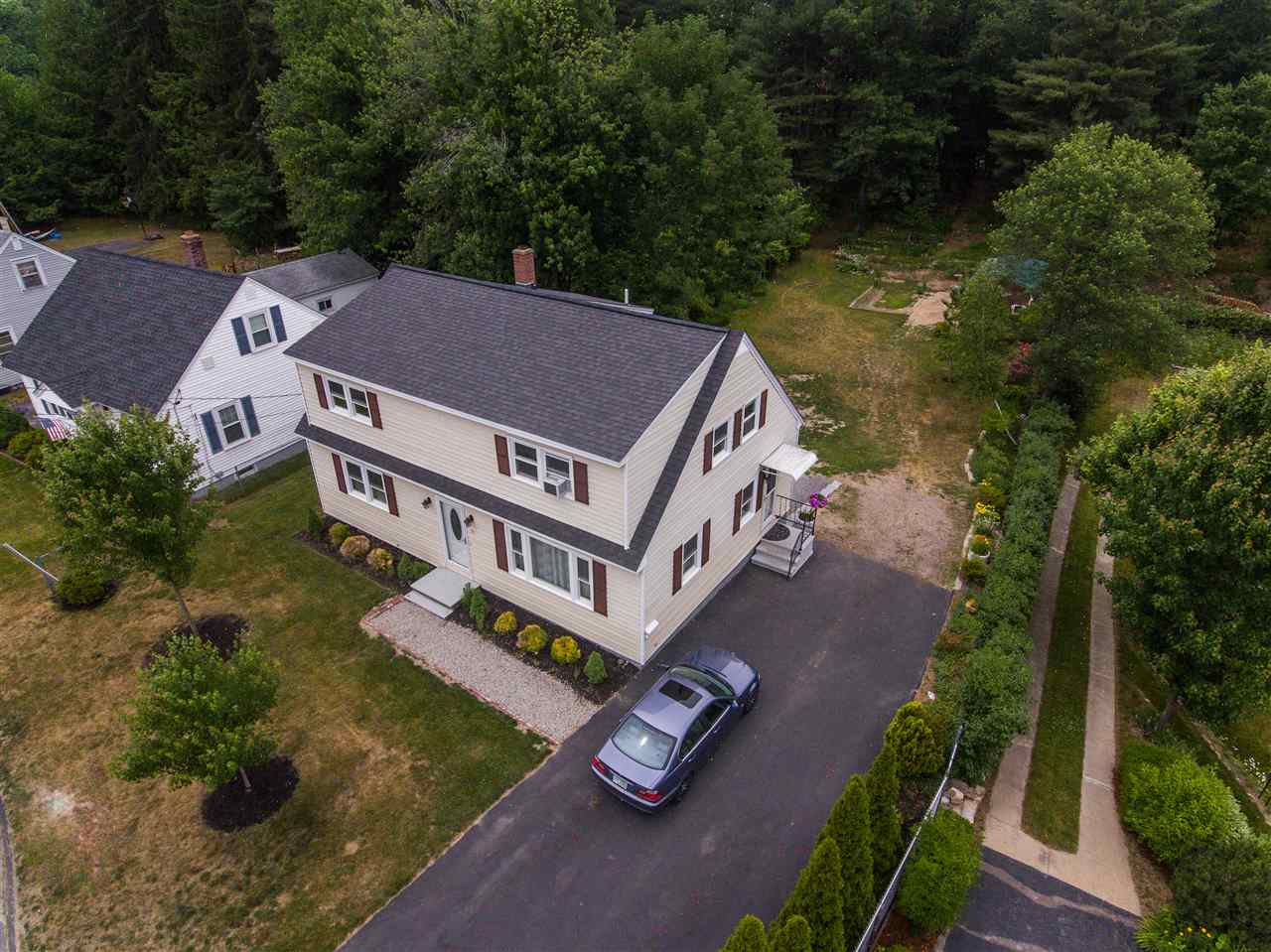 MANCHESTER NH Home for sale $$298,500 | $173 per sq.ft.