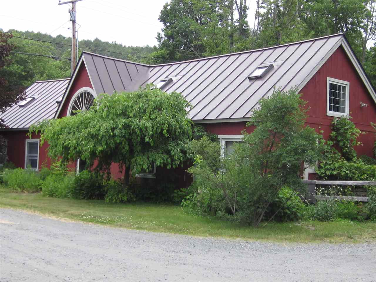 HARTFORD VT Home for sale $$250,000 | $195 per sq.ft.