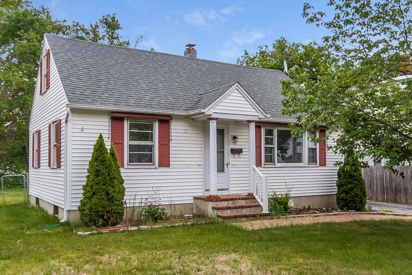 MANCHESTER NH Home for sale $$201,400 | $154 per sq.ft.