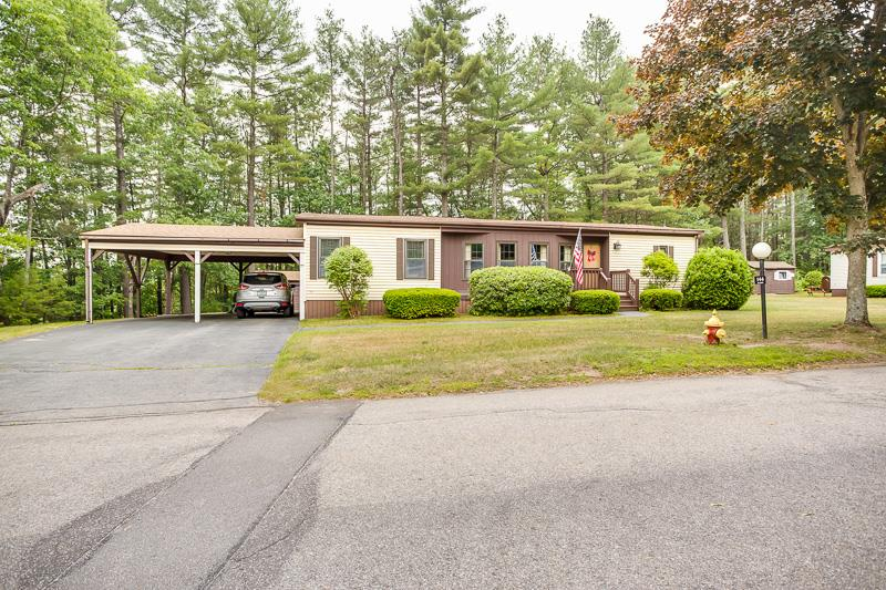 Goffstown NHMobile-Manufacured Home for sale $List Price is $109,900