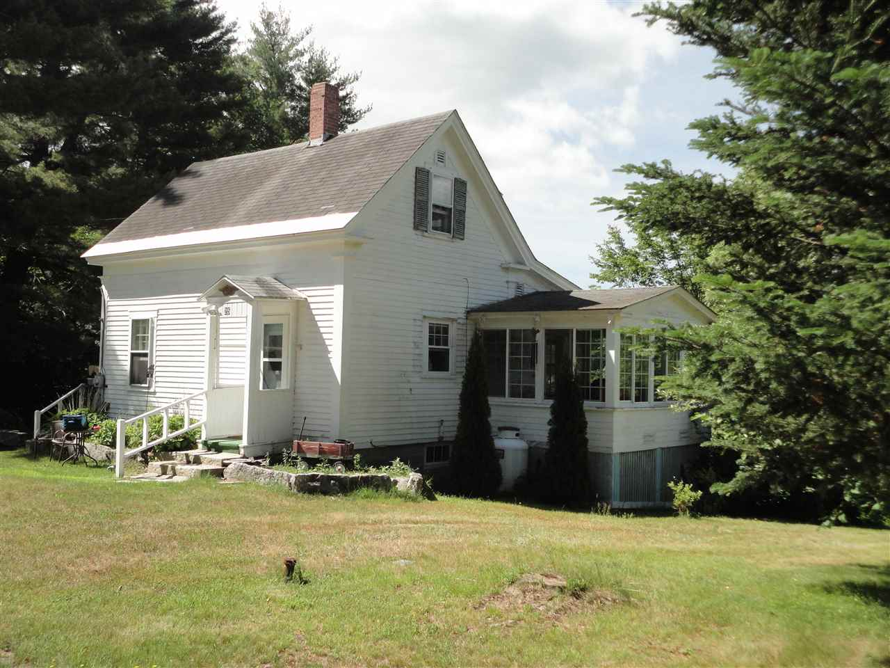 OSSIPEE NH  Home for sale $135,000