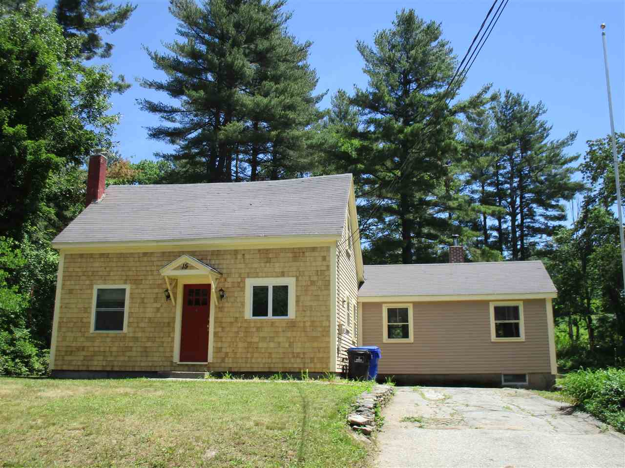 Hudson NH Home for sale $List Price is $249,000