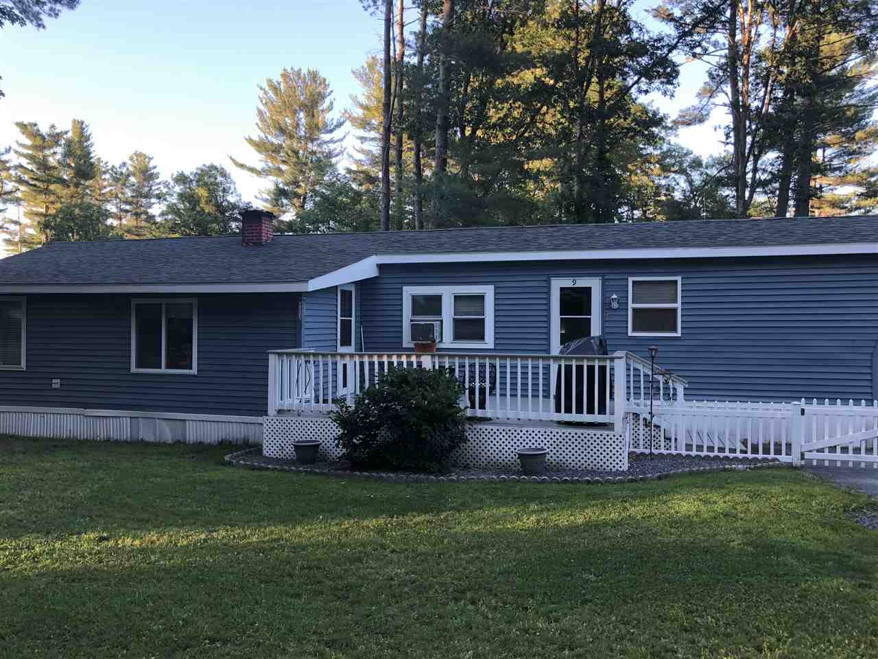 Nashua NH Mobile-Manufacured Home for sale $List Price is $85,000