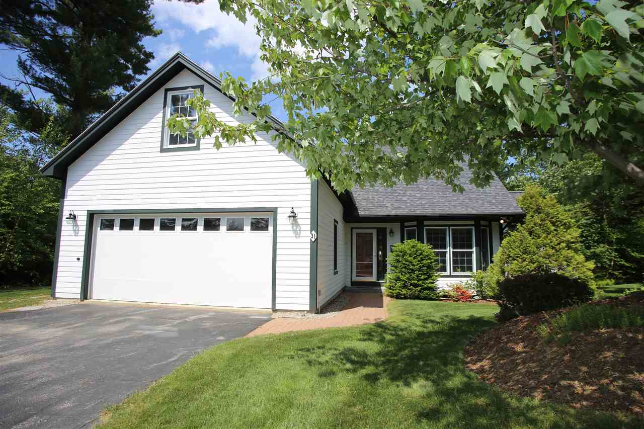 NEW LONDON NH Home for sale $$515,000 | $224 per sq.ft.