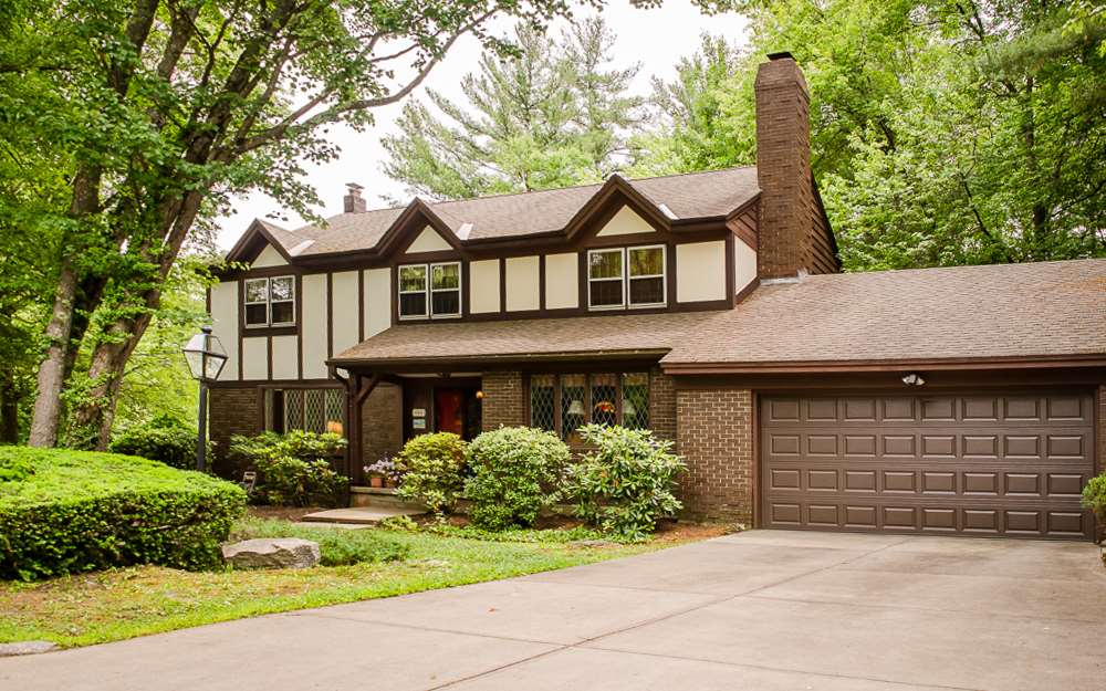 MANCHESTER NHHome for sale $$479,900 | $161 per sq.ft.