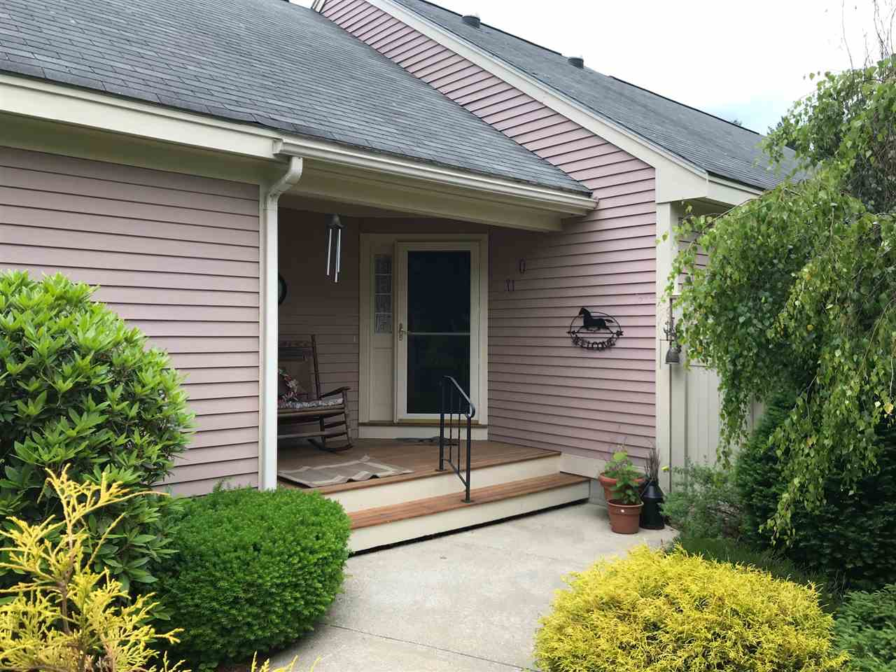 Bedford NH Condo for sale $List Price is $480,000