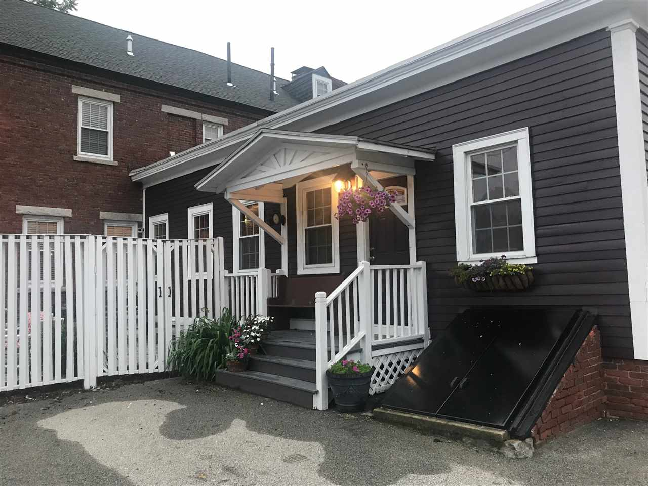 Manchester NH Condo for sale $List Price is $329,900