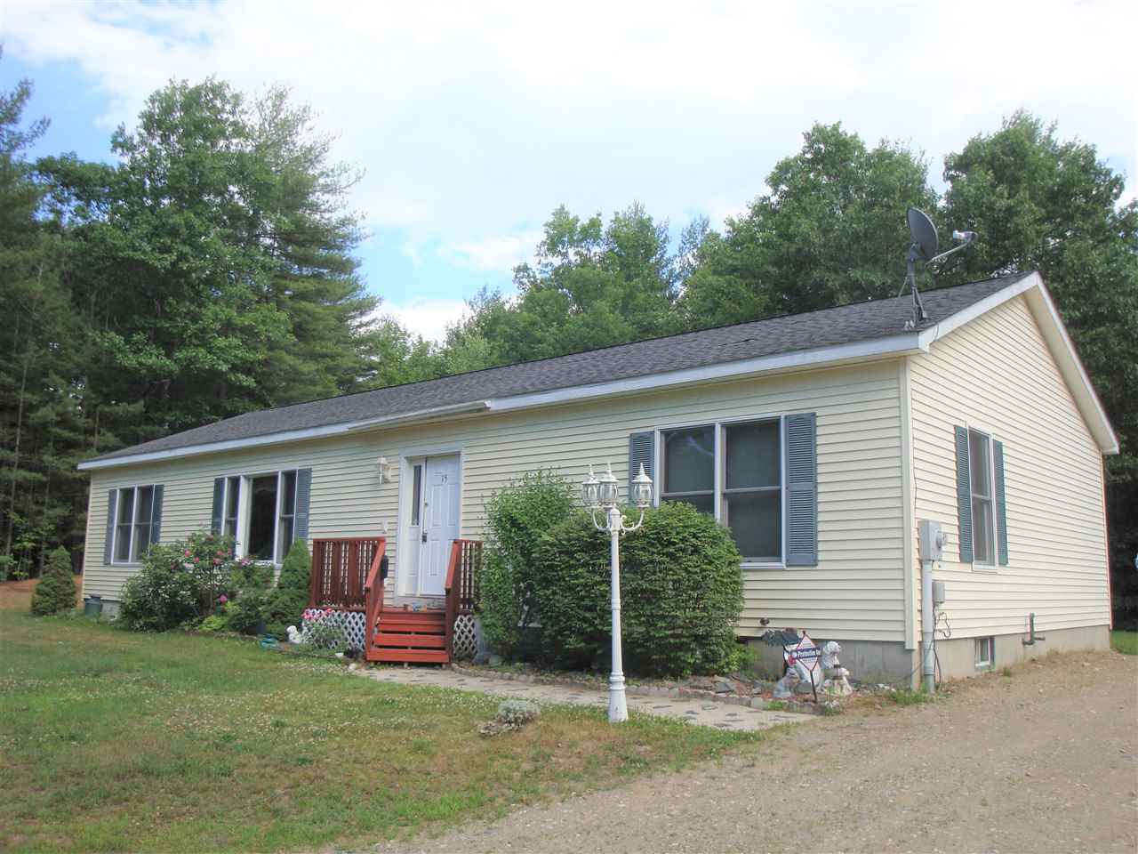 MLS 4702259: 15 Yeaw Road, Hinsdale NH