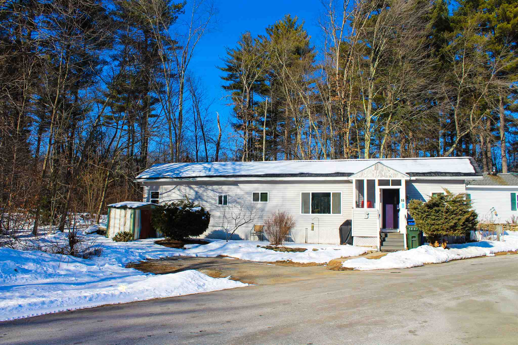 Londonderry NH Mobile-Manufacured Home for sale $List Price is $55,000
