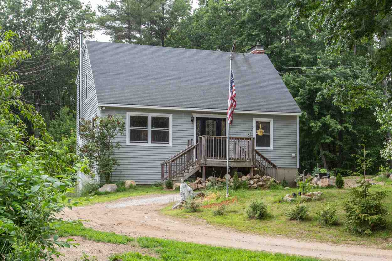 Candia NHHome for sale $List Price is $305,000