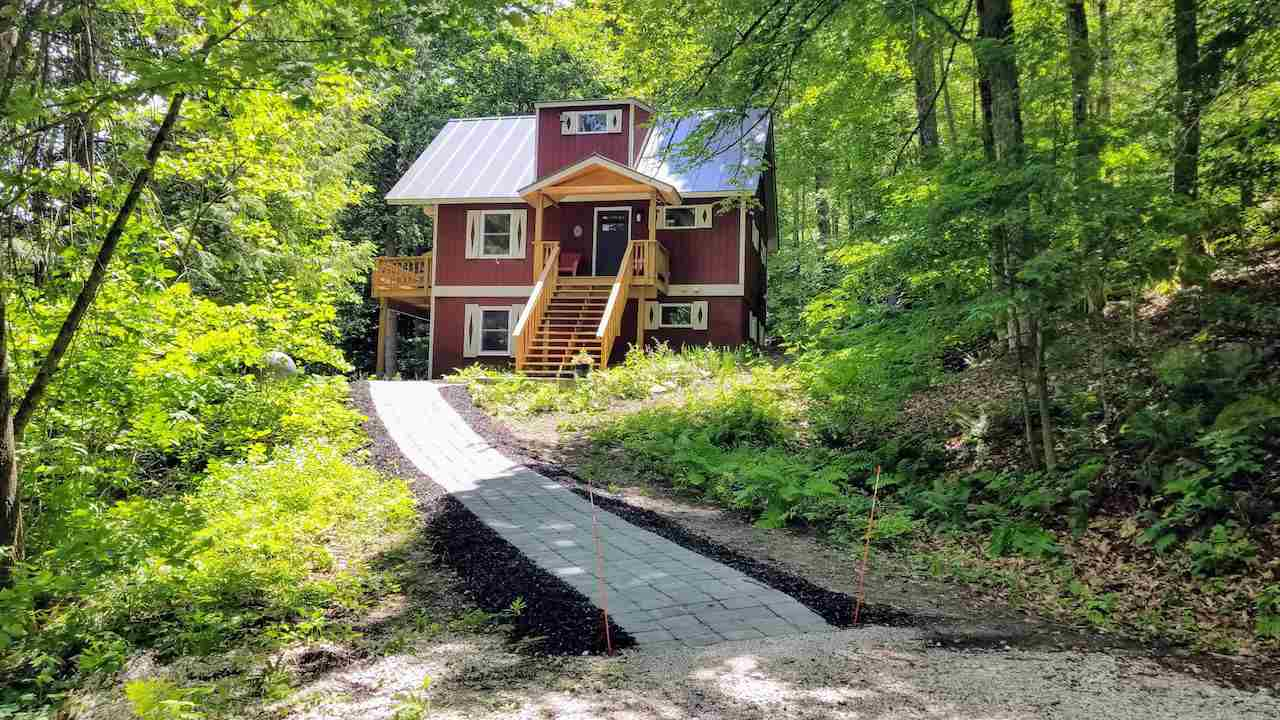 Plymouth VT Home for sale $List Price is $325,000