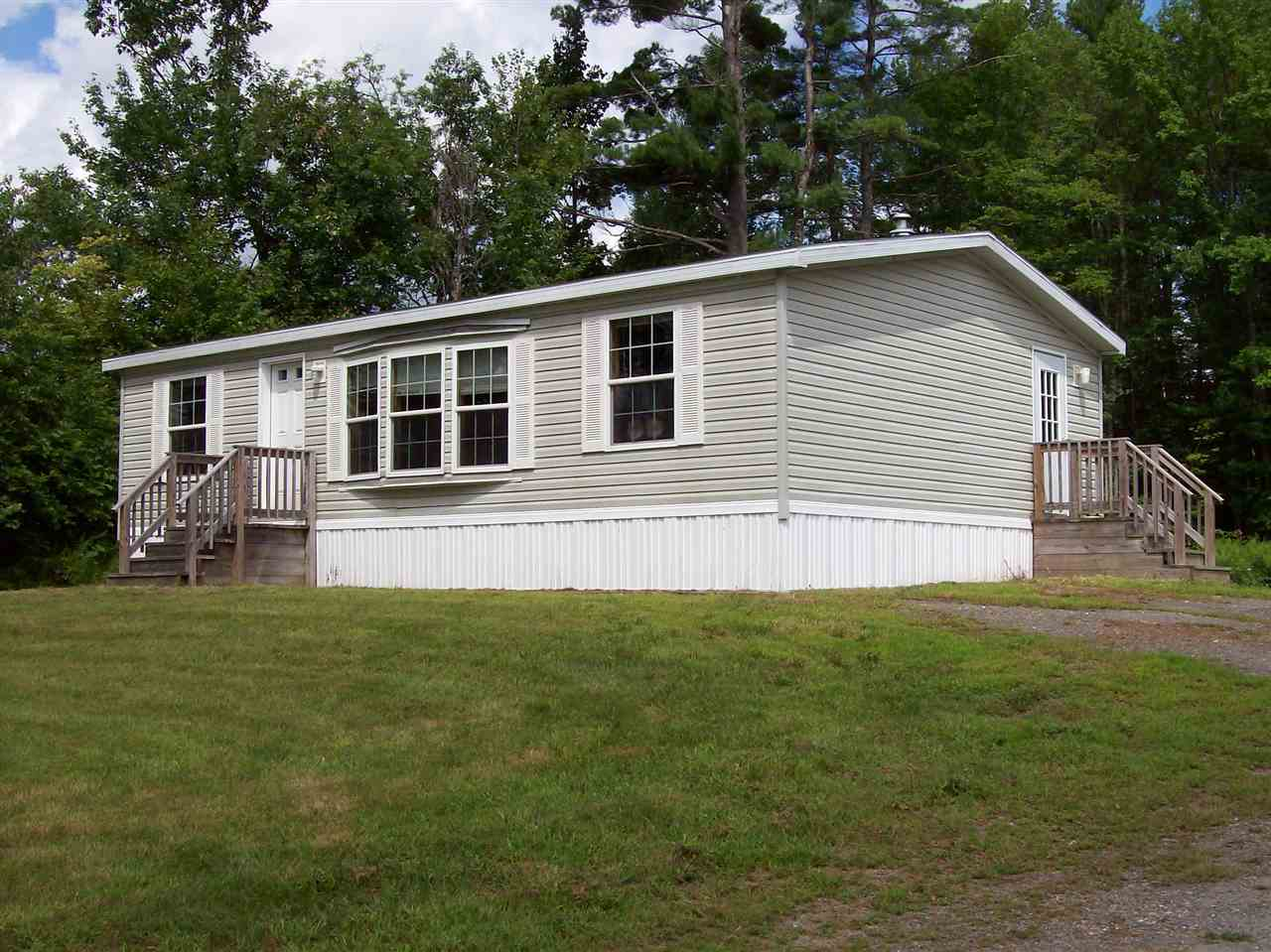 CLAREMONT NH Mobile-Manufacured Home for sale $$89,900 | $104 per sq.ft.