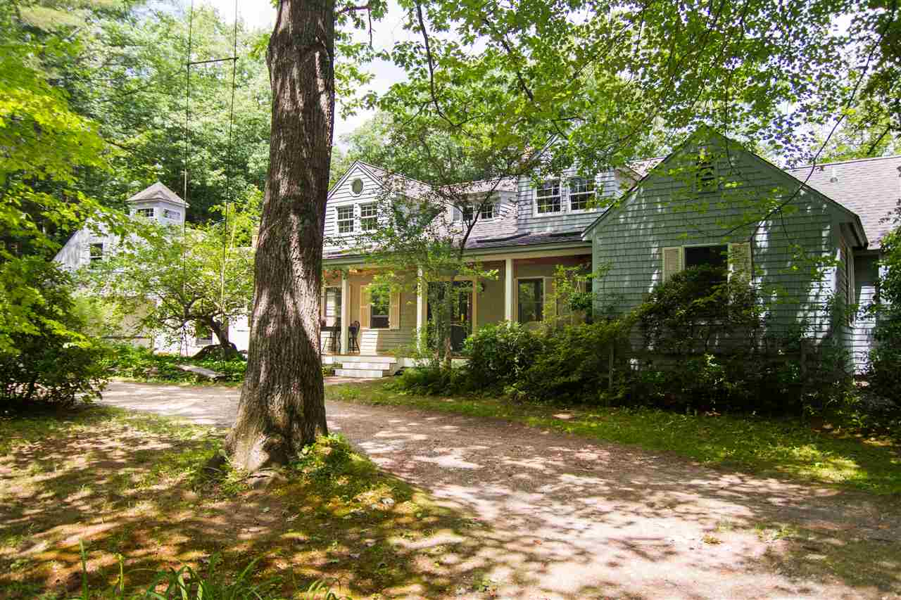 HOLDERNESS NH Home for sale $389,000