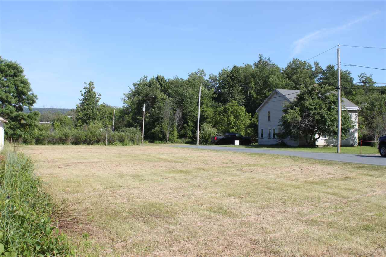 LEBANON NH LAND  for sale $$435,000 | 1.85 Acres  | Price Per Acre $0  | Total Lots 2
