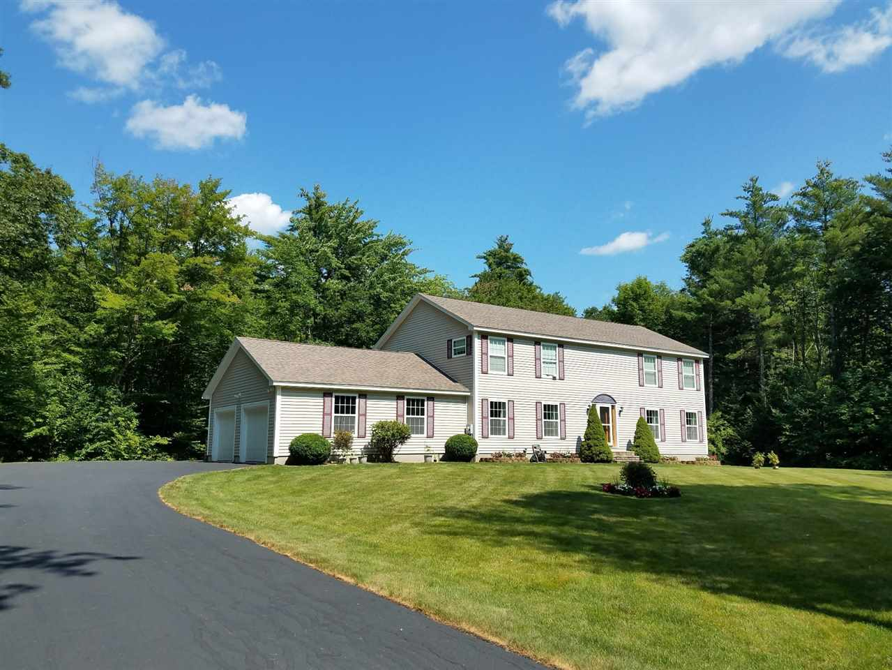 MLS 4703505: 415 Powder Mill Road, Alton NH