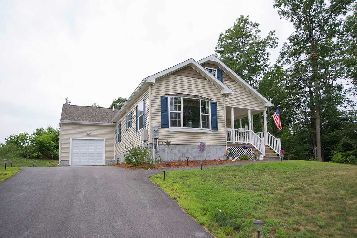 Fremont NH Mobile-Manufacured Home for sale $List Price is $217,900