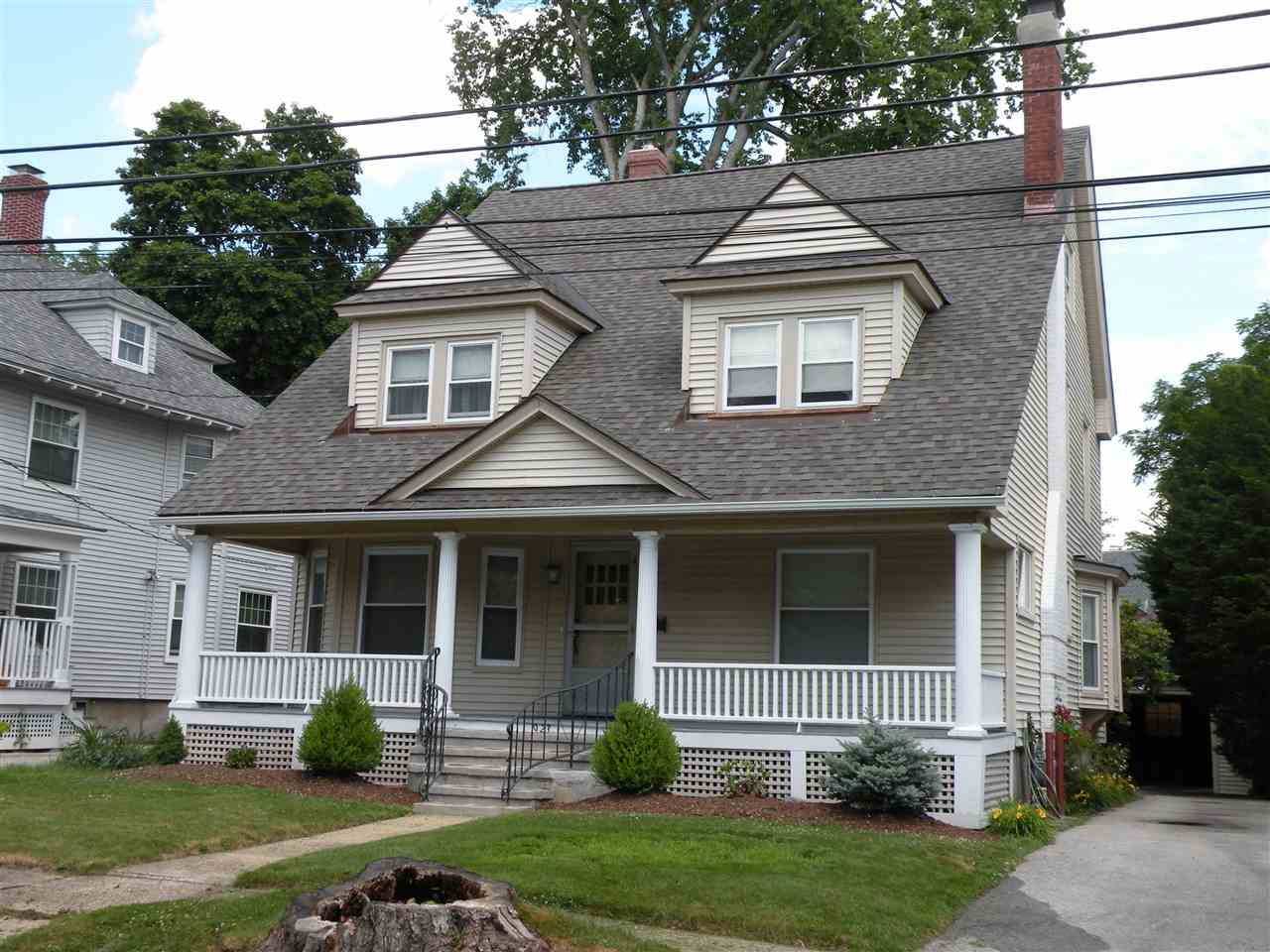 MANCHESTER NH Home for sale $$375,000 | $177 per sq.ft.