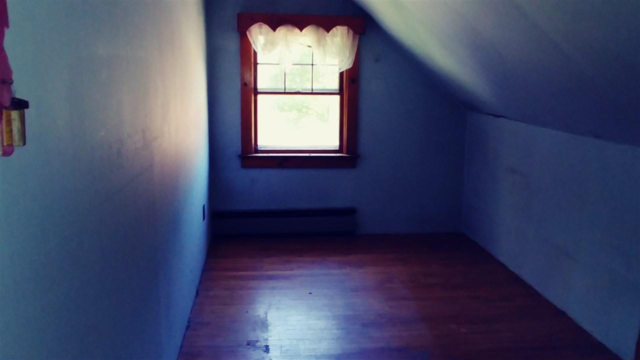 Bedroom 2 12180746