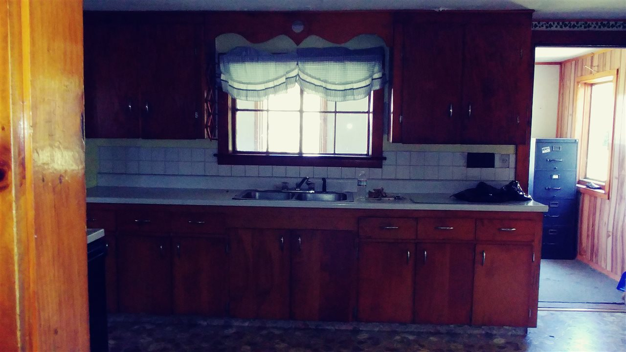 Kitchen 12165726