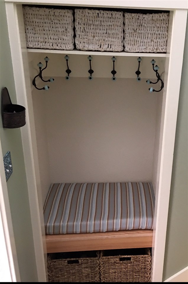 Mudroom/Storage 12239964
