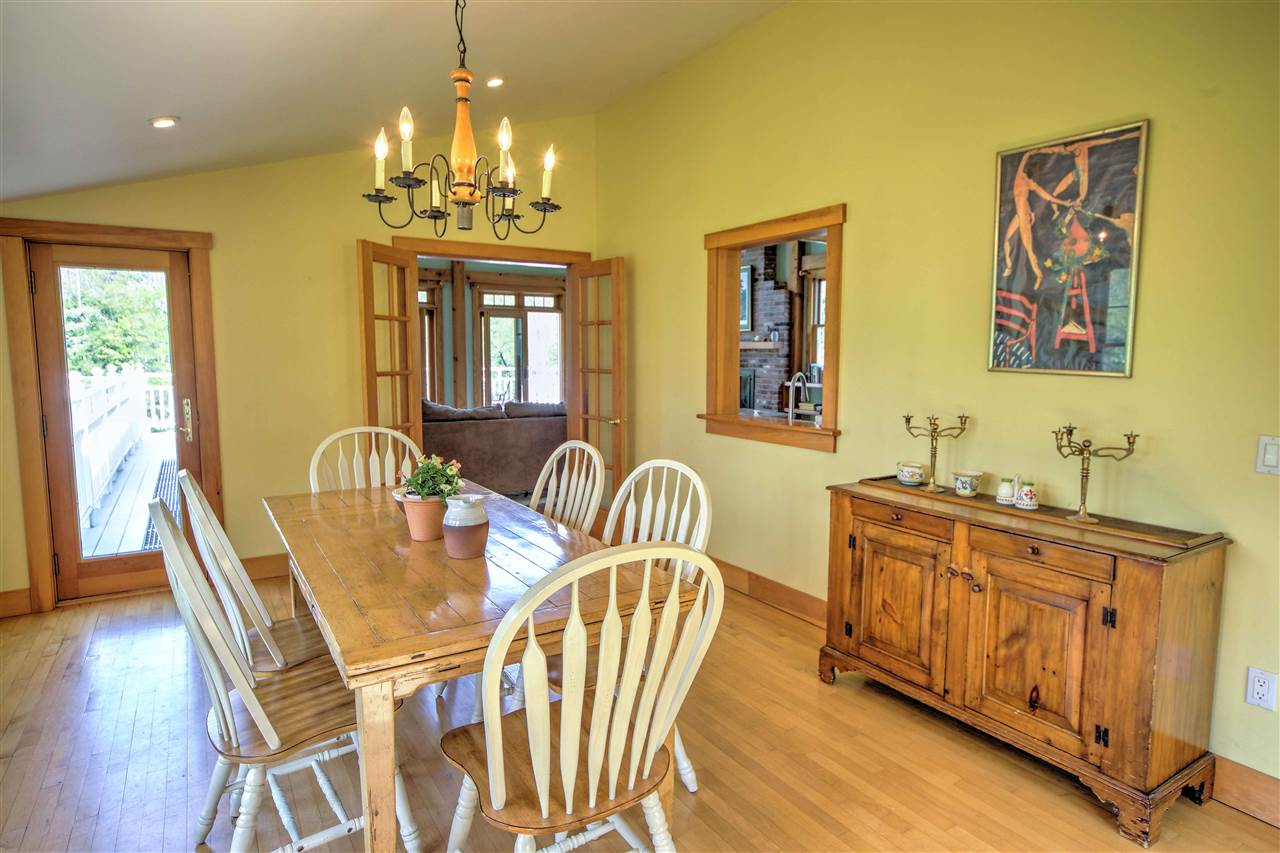 Warm and open dining room. 12247362