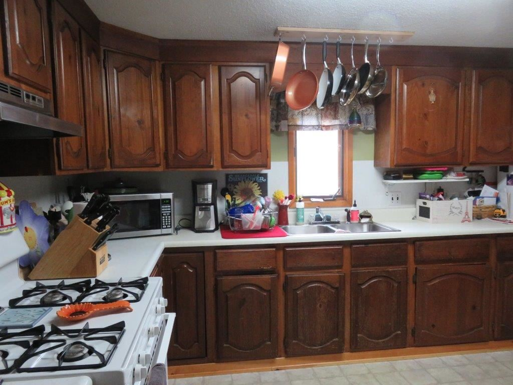 Kitchen 12230120