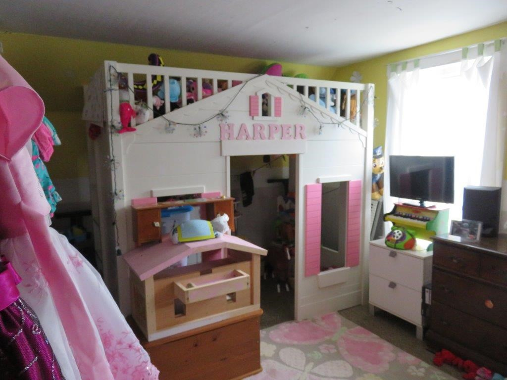 2nd Floor Bedroom 12230123