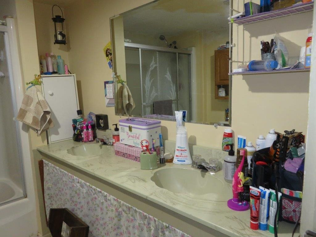 Full Bath 12230124
