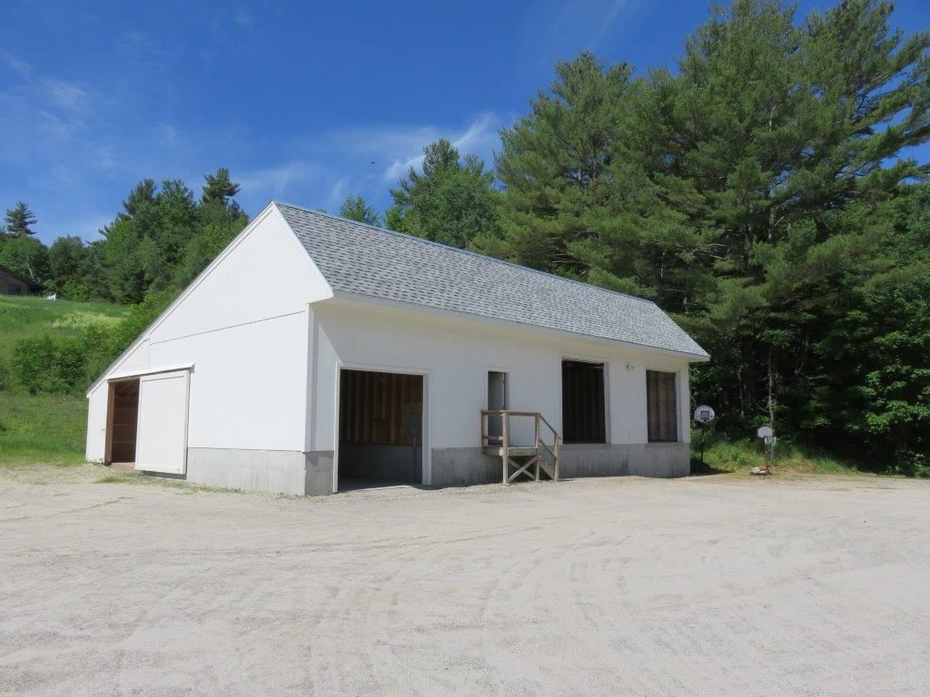 Storage Building 12181196