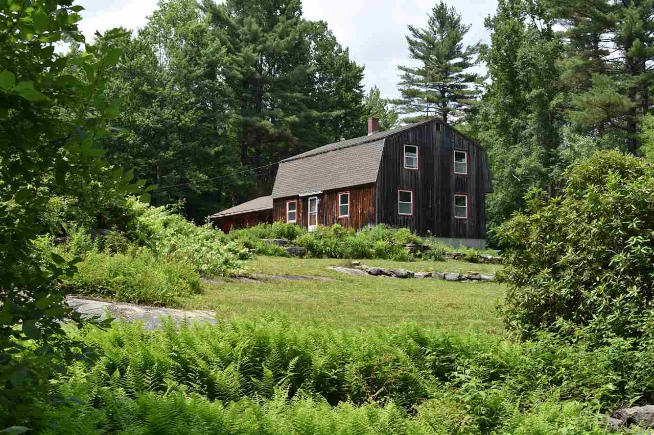 SUNAPEE NH Home for sale $$249,000 | $152 per sq.ft.