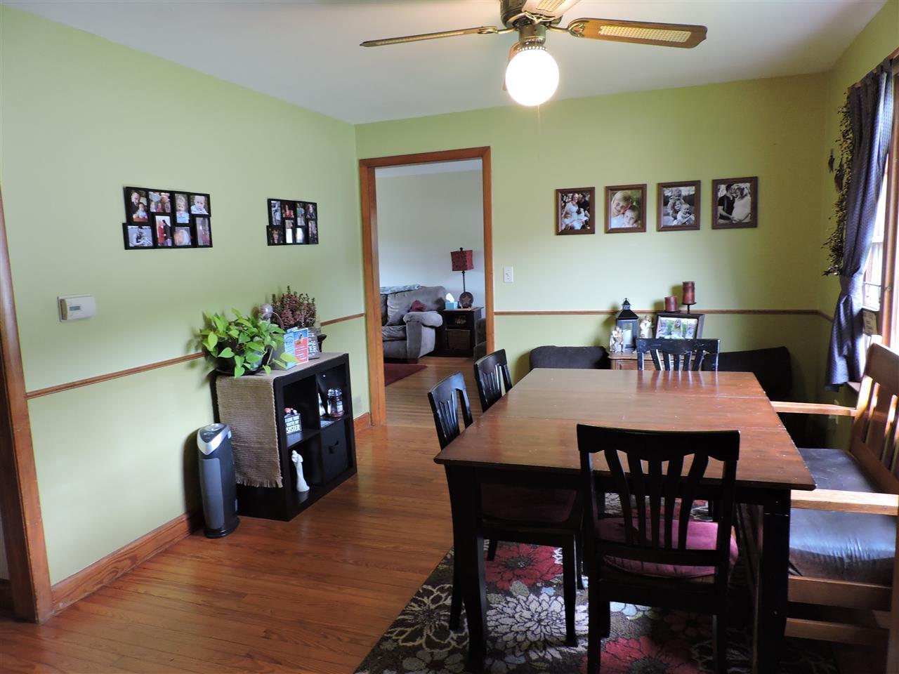 Dining room 12183032
