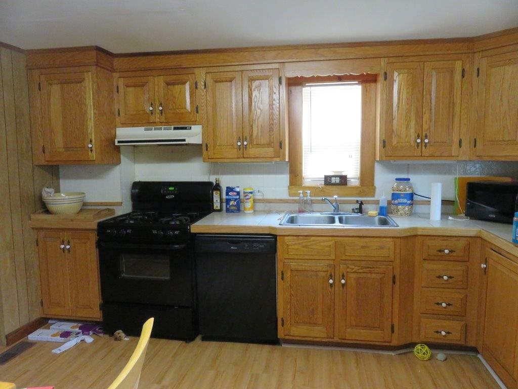 Kitchen 12230091