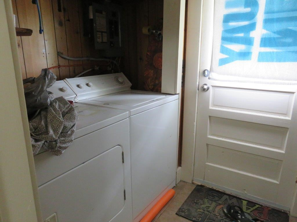 First Floor Unit Laundry 12230094