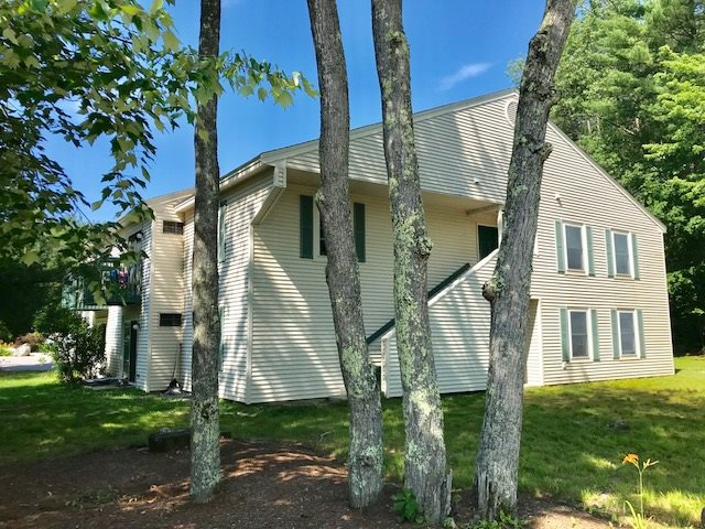 Goffstown NH Condo for sale $List Price is $114,900