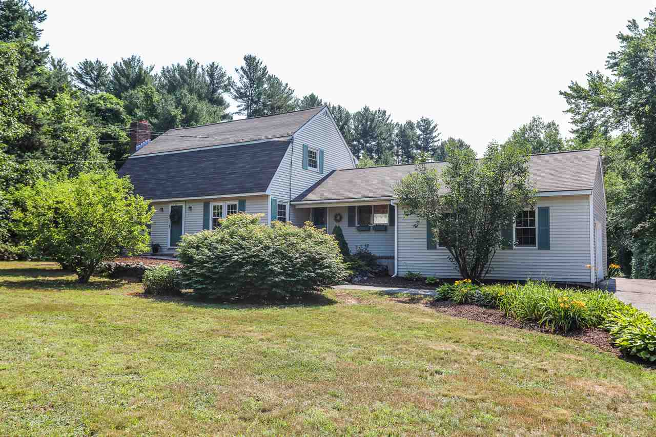 Photo of 98 South Road Londonderry NH 03053